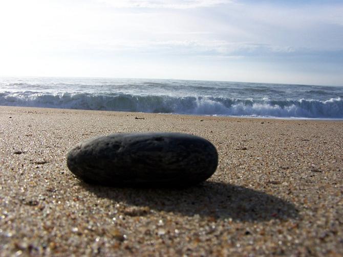 Uma pedra no areal