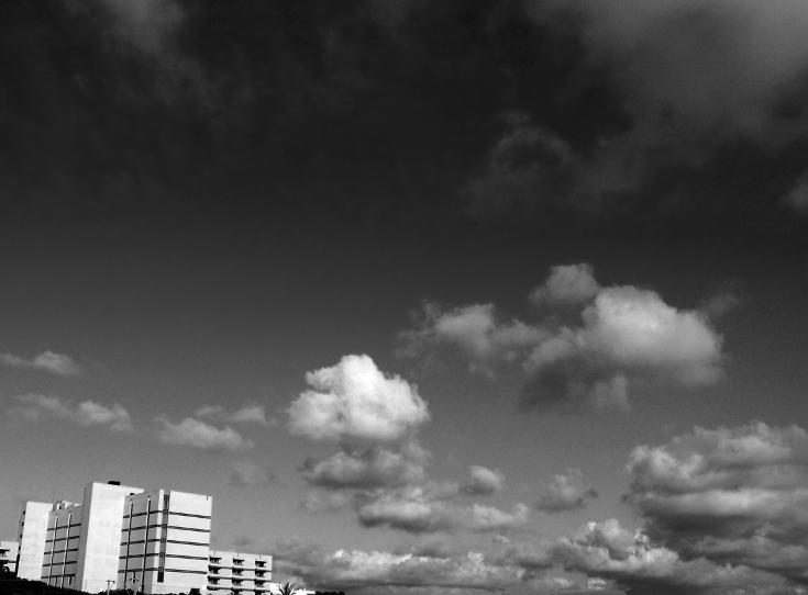 Spa e nuvens